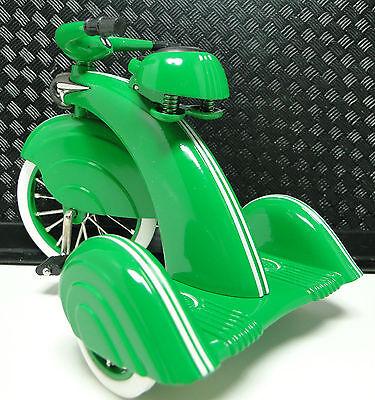 Classic 1930s Tricycle Vintage Concept Pedal Car Rare Metal Midget Show Model