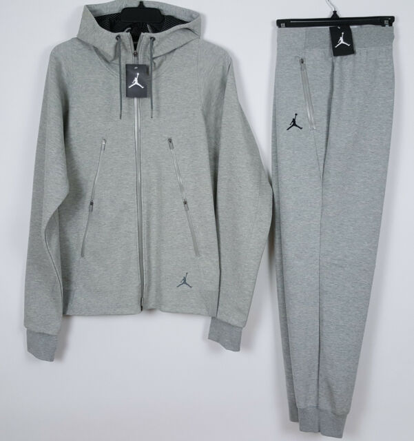 nike air jordan tech fleece hoodie