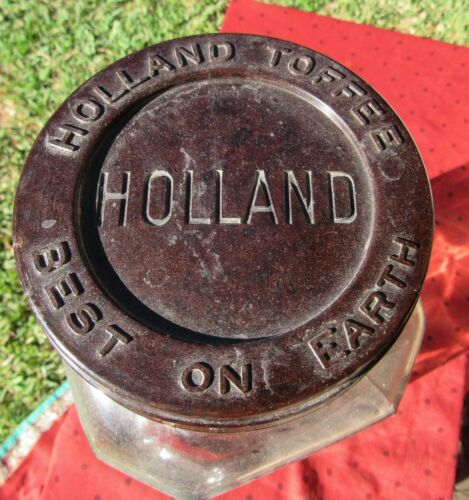 MASSIVE ANTIQUE HOLLAND TOFFEE BAKELITE AND GLASS GENERAL STORE CANDY JAR
