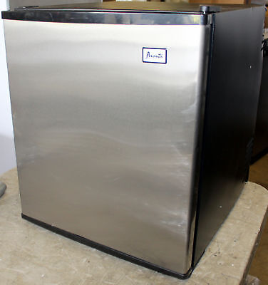 Avanti Superconductor Freestanding 1.7 c ft Mini Fridge Refrigerator SHP1702SS, used for sale  New Holland