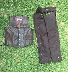 Kakadu chaps and southern cross vest Speers Point Lake Macquarie Area Preview