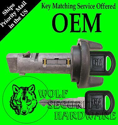 Chevy GMC C K Pickup 95 96 97 Ignition Key Switch Lock Cylinder With 2 GM Keys