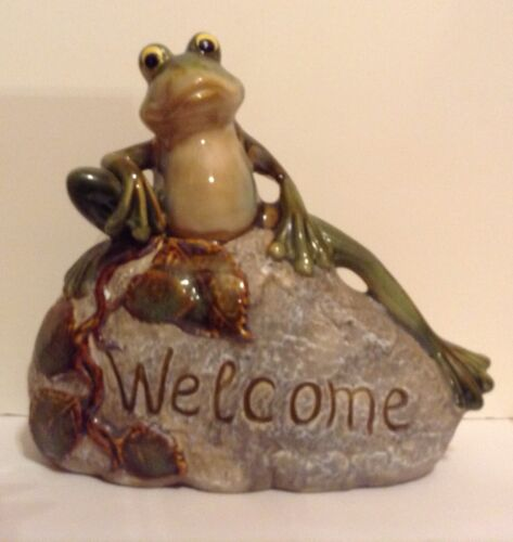 RESIN FROG ON ROCK WELCOME FOR GARDEN,YARD,HOME DECOR