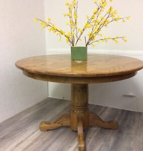Solid oak Table with leaf