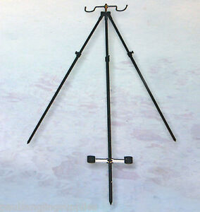 Telescopic-6-Ft-Beach-Tripod-Rest-in-Black-For-Sea-Fishing-Beachcaster-Rods-Etc