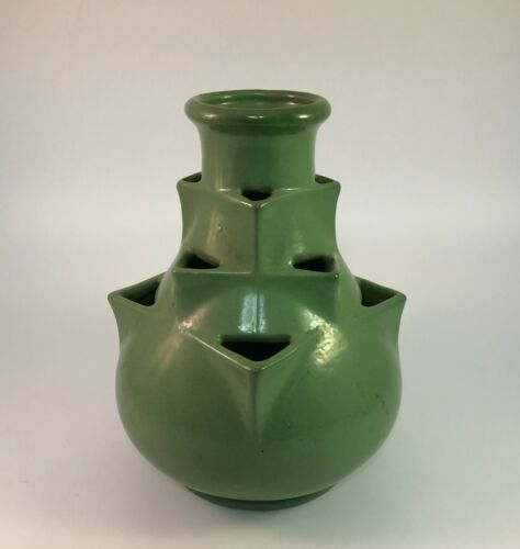 """Vintage Matte Green Pottery Vase with Triangle Holes Herb Strawberry Pot 8"""""""