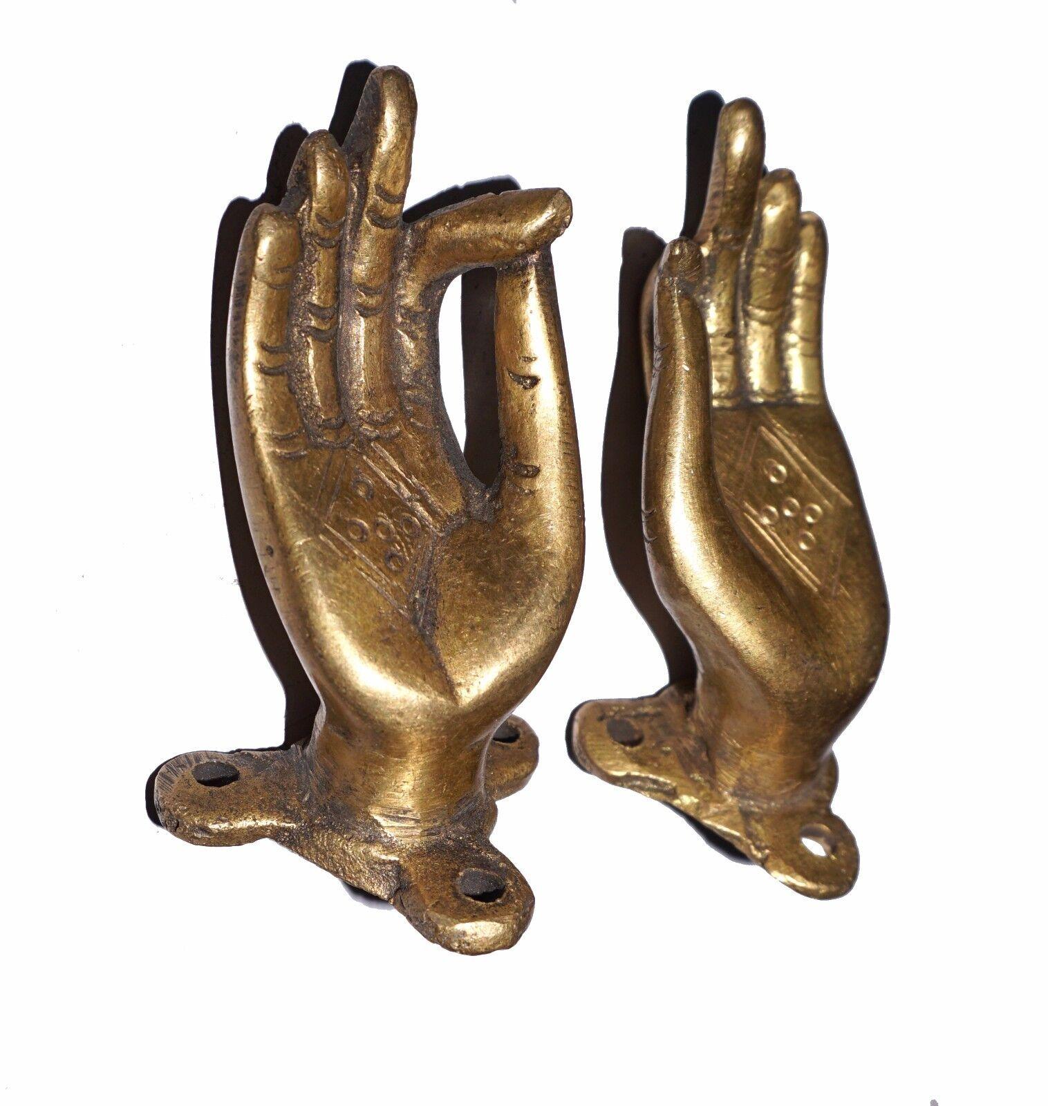 A pair attractive brass made door handles 39 beautiful hands for Beautiful door handles