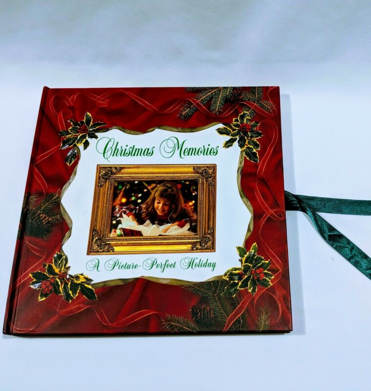 Christmas Memories: A Picture Perfect Holiday Photo Album Vintage 1999