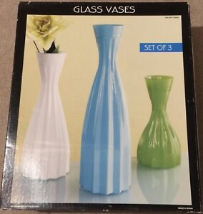 Vases & wall hanging