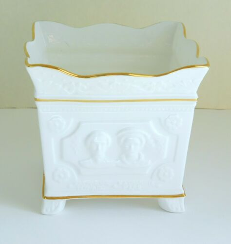 Vintage Crown Staffordshire Fine Bone China Surrey Collection Portrait Planter
