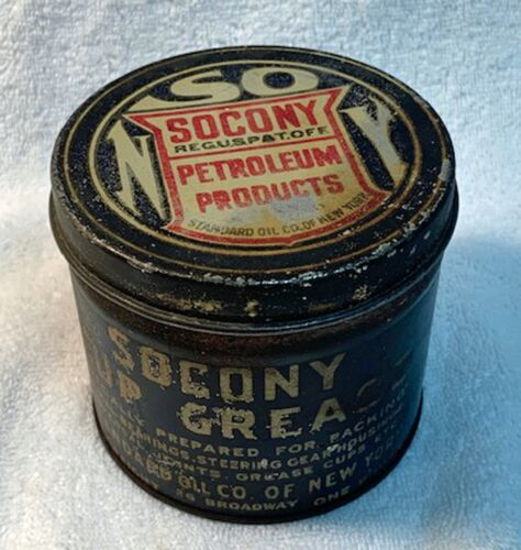 Socony One Pound Cup Grease Can