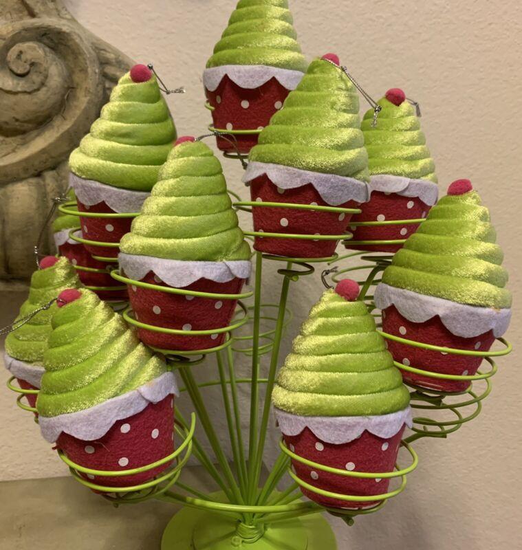 FELT PLUSH CUPCAKE CHRISTMAS ORNAMENTS HOLIDAY BIRTHDAY DECOR SET OF 10