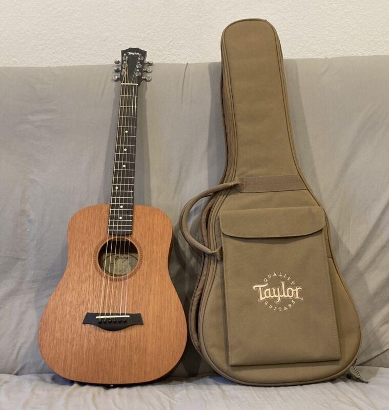 Taylor Baby BT2 Acoustic Guitar Mahogany + Gig Bag