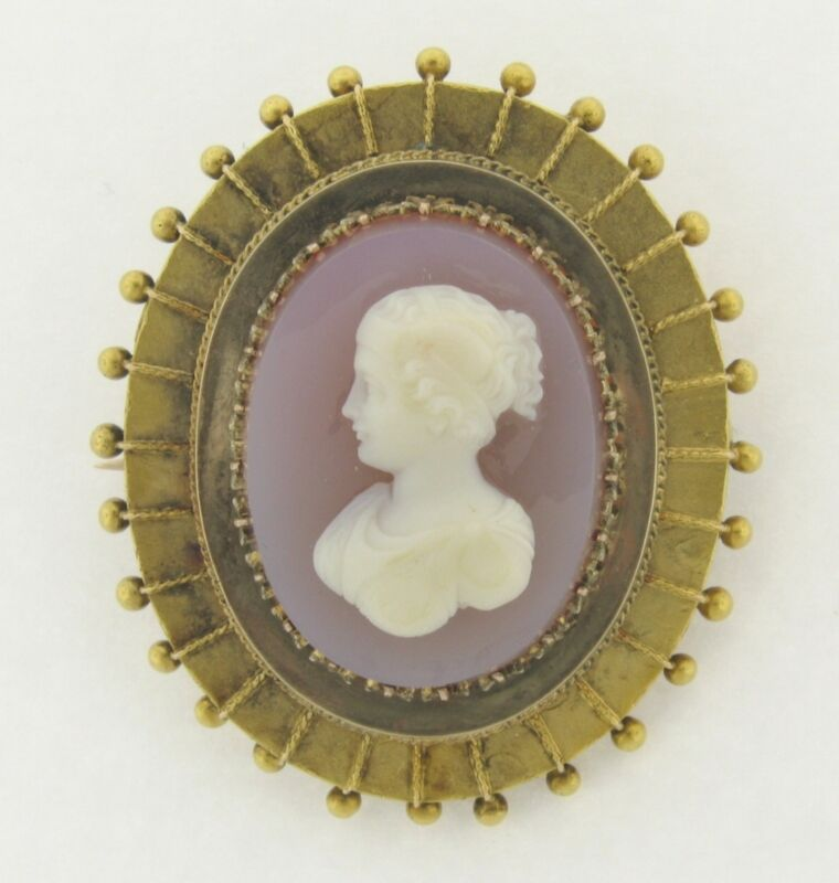Antique Victorian Lavender Agate Cameo 14k Yellow Gold Brooch