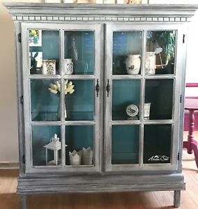 Country Chic Curio Cabinet