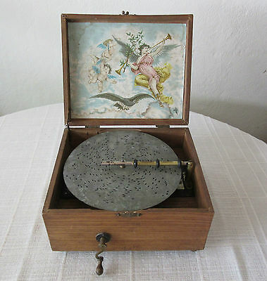 Symphonion Polyphon Kalliope Lochplatten-Spieldose von Adler mit 15 Platten