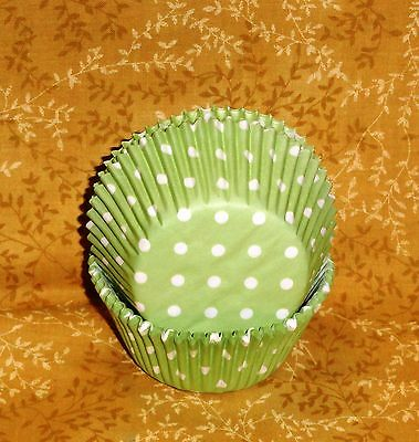 Green, Soft,Polka Dots,Cupcake Papers,Wilton,415-0154,75 ct.Wedding,Spring Party - Polka Dots Cupcakes