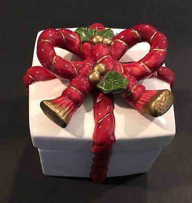 Fitz & Floyd Christmas Holly & Ribbon Covered Trinket Box 1988