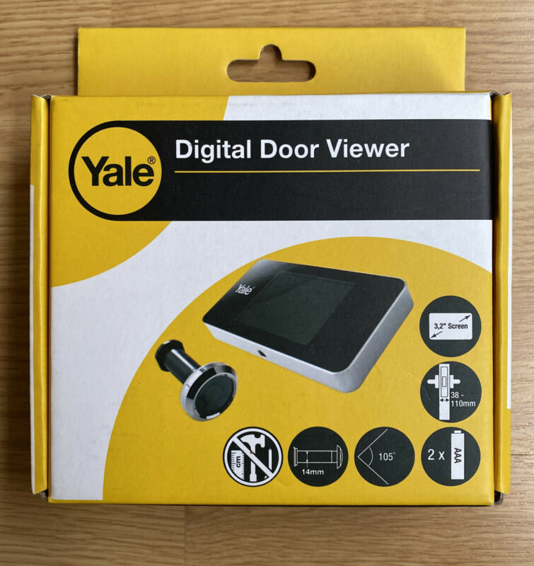 Yale Digital Door View Universal Peep Hole Camera With 3.2 Inch Screen Open Box