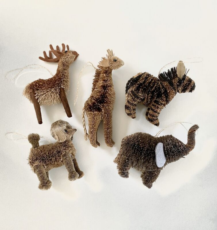 NWOT Set of 5 Buri Bristle Brush Animal Ornaments, OS