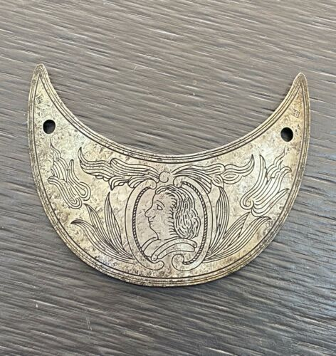 ANTIQUE 18THC.SPANISH OFFICERS GORGET SILVER KING CARLOS III made by Hudson Bay