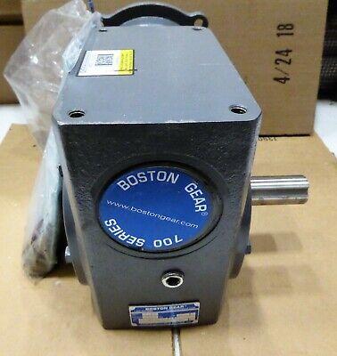 Boston Gear R Angle Worm Gear Speed Reducer 301 Ratio F726-30-b7-g