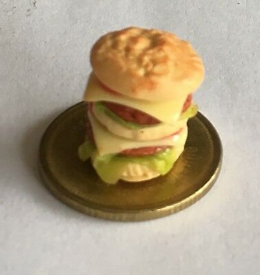 1:12 Scale Whopper Burger Tumdee Dolls House Miniature Kitchen Bread Accessory