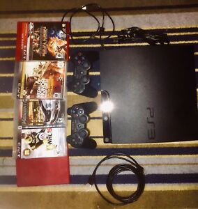 PS3 + 2 CONTROLLERS + 5 GAMES + CORDS