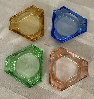 Retro Vintage Small Mid Century Modern Art Glass Set of 4 Stackable Ashtrays MCM