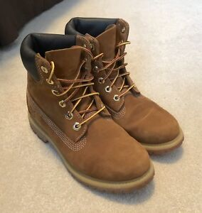Women's Timberland Boots - Size 6.5