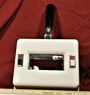 Spectroline Model Q-22 Long Wave Uv White Light 115 Volt 60 Hz .36 Amps