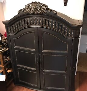 Solid Wood Carved Armoire w/ Double Doors - Black w/ Gold