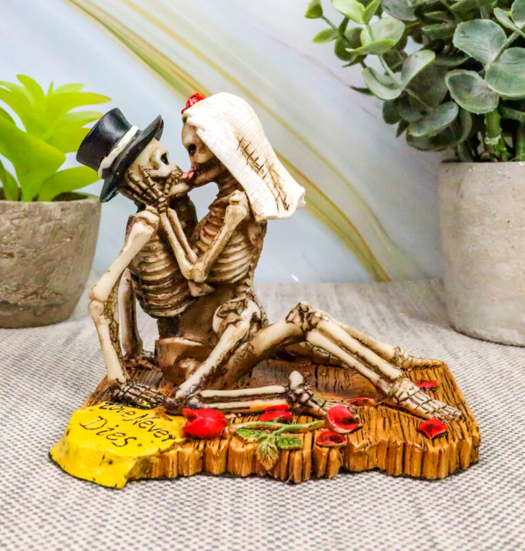 "Ebros Love Never Dies Castaway Wedding Skeleton Couple Kissing Statue 3.75""H"