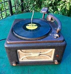 WORKING - 1946 Viking Record Player (Plays 78's) w Records - $50