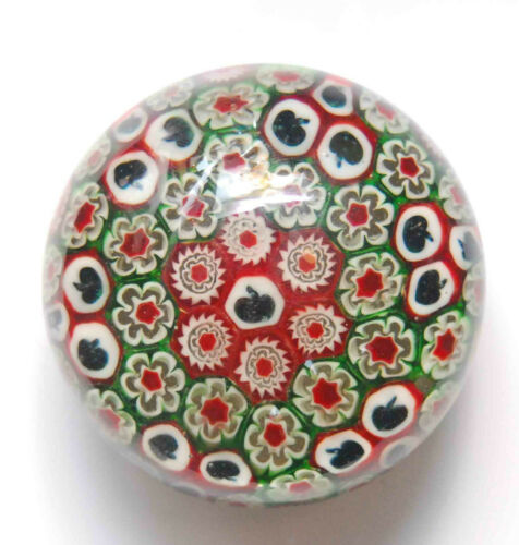 VINTAGE ITALY MILLEFIORI GLASS PAPERWEIGHT