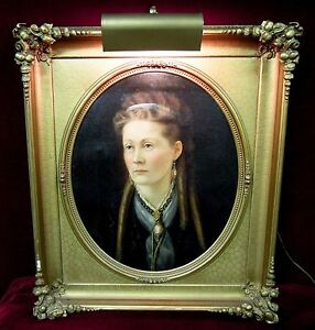 Antique-Portrait-Oil-Painting-Woman-In-Curls-Baroque-Frame-and-Light