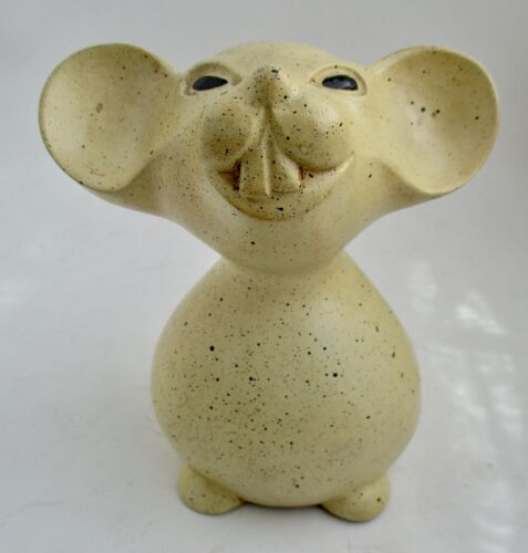 VTG Unknown Material and Maker 6 Inch Tall Speckled Pet Rat Figurine Statue