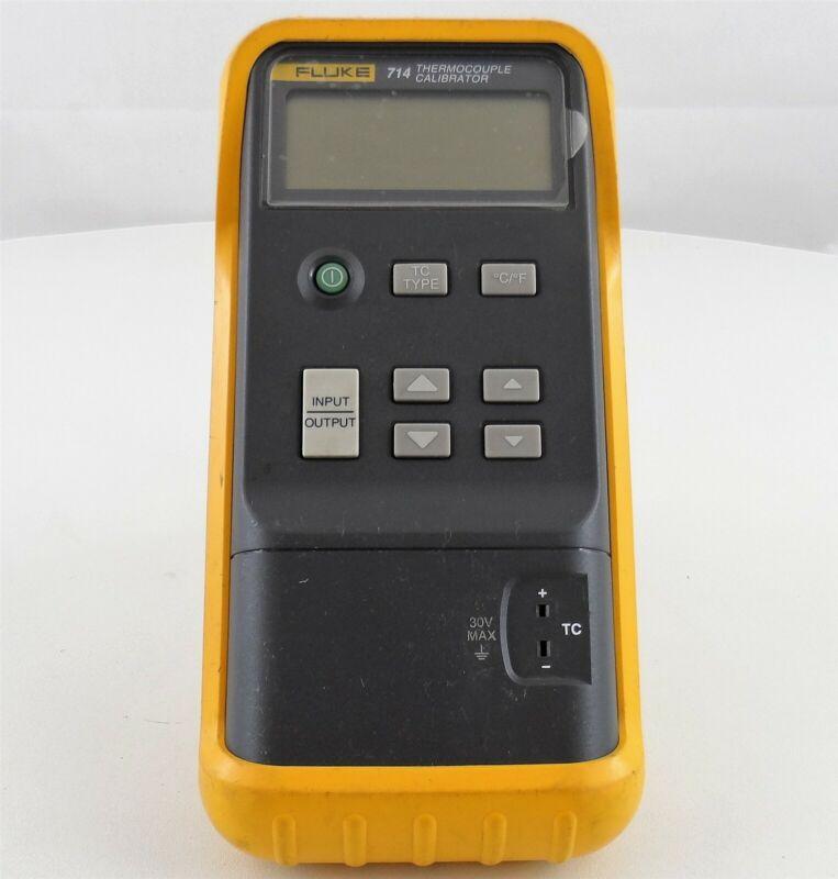 Fluke 714 Thermocouple Calibrator with Case Used (C)