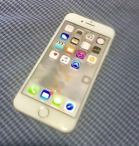 Perfect Condition Rogers iPhone 6S / 16GB