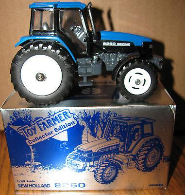 Holland 8260 Tractor 1/43 Ertl 1997 Toy Farmer 3050ya Collector Ed 20 Years