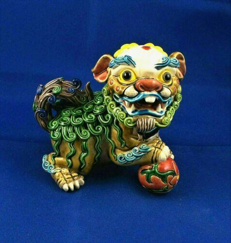 Feng Shui Pottery Porcelain Foo Dog Guardian Lion Figurine