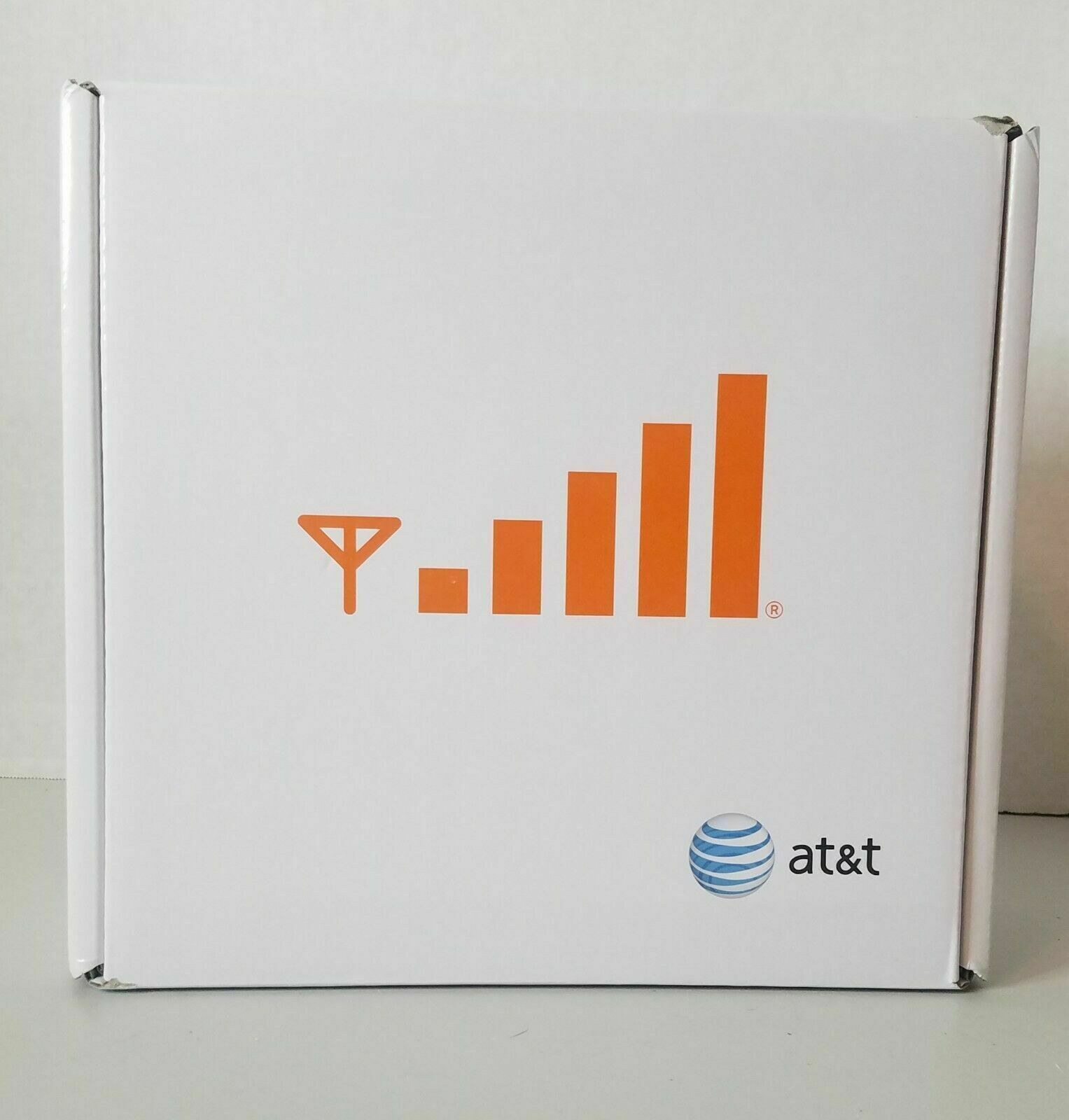 AT&T Cisco 3G Microcell DPH151-AT Cell Phone Signal Booster