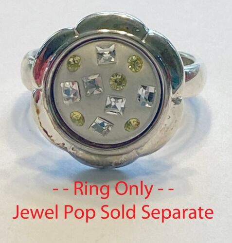 Kameleon Jewelry - KR22 - Small Flower Ring - Size 6, 7, 8, or 10