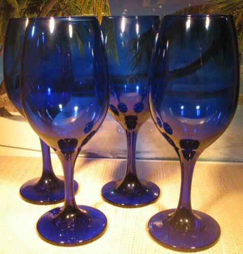 BEAUTIFUL SET OF 4 TALL DEEP COBALT BLUE GLASS STEMMED GLASSEWARE