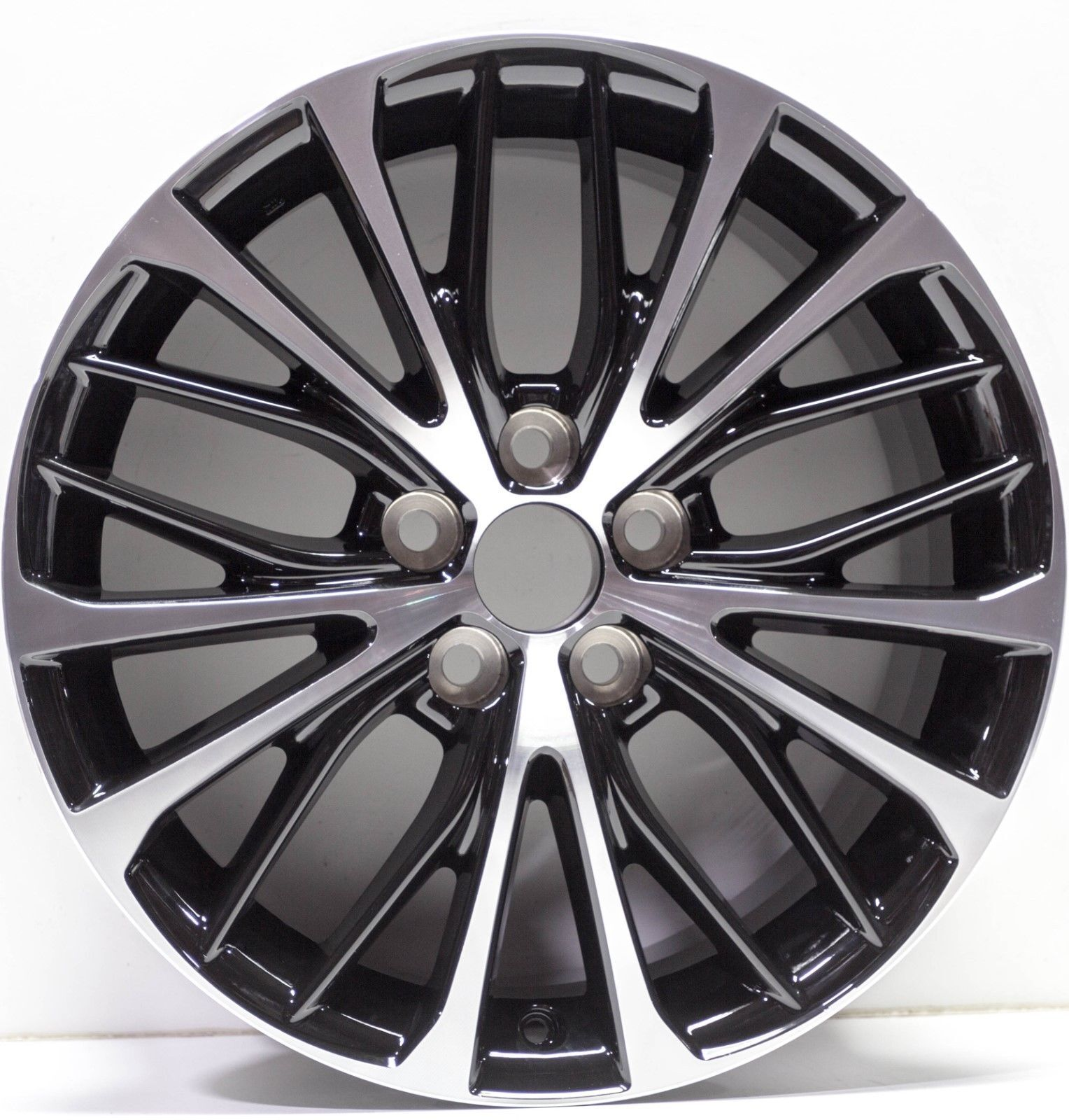 "New 18"" Replacement Alloy Wheel Rim for 2018 2019 Toyota Camry - 75221 - SE"