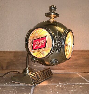 Vintage 1972 Schlitz Milwaukee Brewing Beer Motion Clock 3-Sided Bar Lamp Light