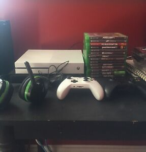 Xbox One for sale, games, controllers and headset