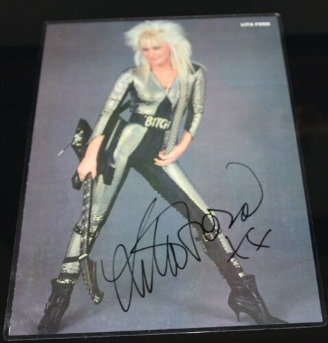 LITA FORD ORIGINAL HAND SIGNED AUTOGRAPH #451 PHOTO PHOTOGRAPH