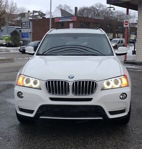2013 BMW X3 2.8i - fully loaded with Navigation