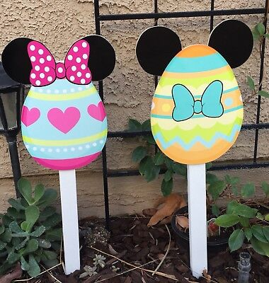 Mickey And Minnie Halloween Decorations (Minnie And Mickey Easter Egg)